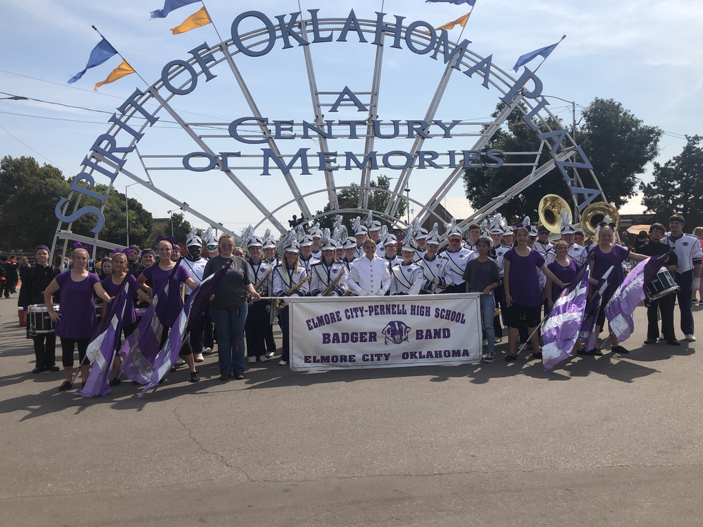 The band post parade!